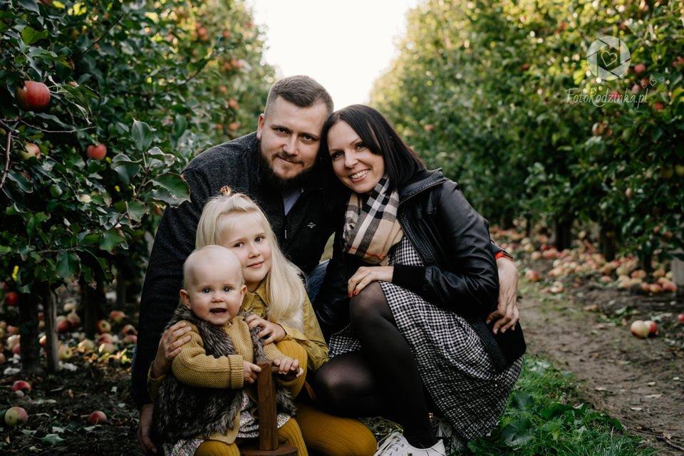 Rodzinka w Jablkach 011
