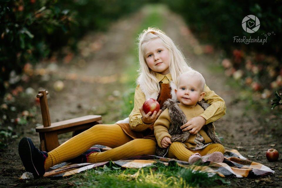 Rodzinka w Jablkach 021
