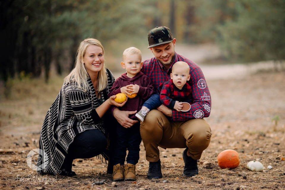 Jesienna sesja rodzinna w plenerze | Fotografia rodzinna Warszawa
